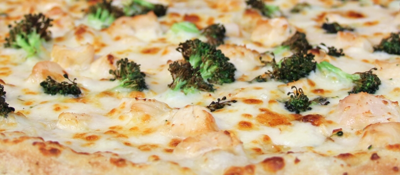 Checkmate Pizza Chicken Broccoli Alfredo Specialty Pizza