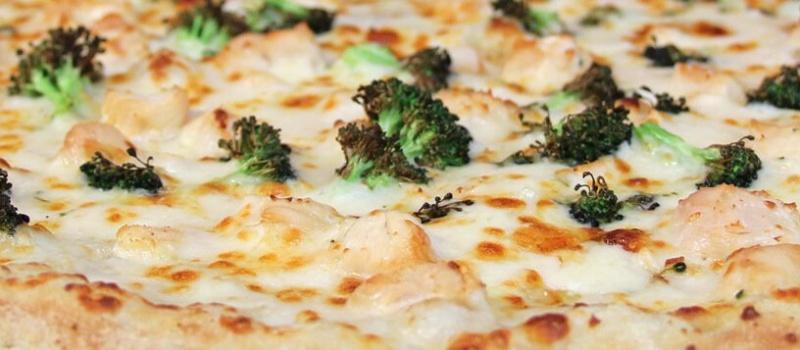 Checkmate Pizza Chicken Broccoli Alfredo Specialty Pizza